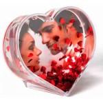 Водяной шар в форме сердца